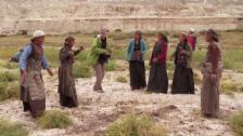 Video «Fotograf Manuel Bauer lernt tanzen» abspielen