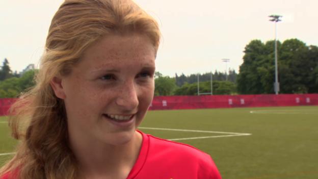 Video «Fussball: Rachel Rinast im Interview» abspielen