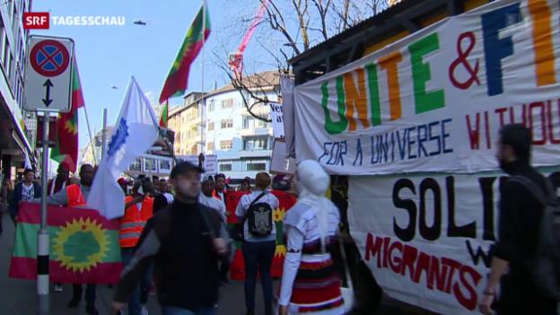 Video «Solidarität mit Flüchtlingen: Demo in Zürich» abspielen
