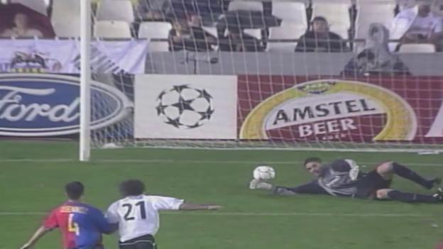 Video «Valencias Tore gegen Basel» abspielen