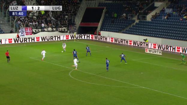 Video «Sabbatini verschiesst den Elfmeter für Lugano» abspielen