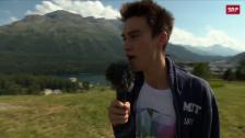 Link öffnet eine Lightbox. Video Jacob Collier singt in St. Moritz ein Ständchen abspielen