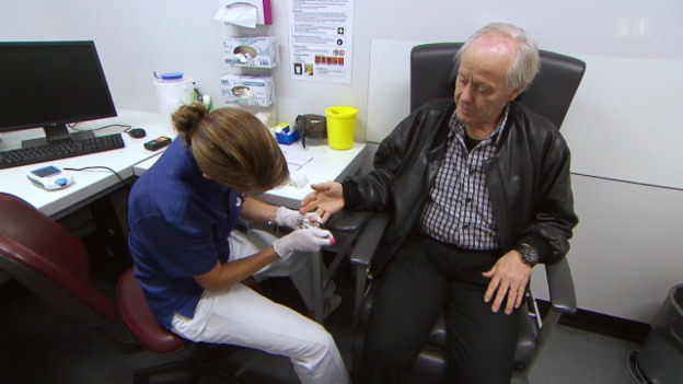 Video «Altersleukämie – Was die Schockdiagnose alles bedeuten kann» abspielen