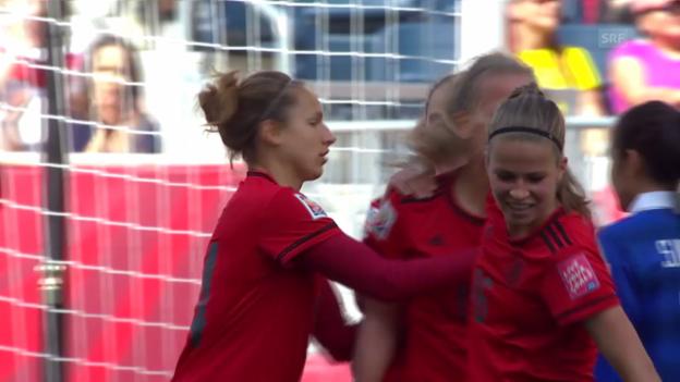 Video «Fussball: Frauen-WM in Kanada, 3. Gruppenspiel, Deutschland - Thailand» abspielen