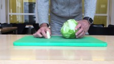 Video ««Trick 77» Eisbergsalat entstorzen» abspielen