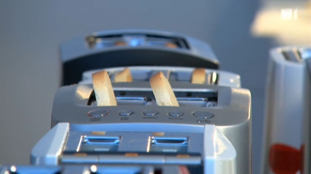Video «Toaster: Von verbrannt bis schön geröstet» abspielen