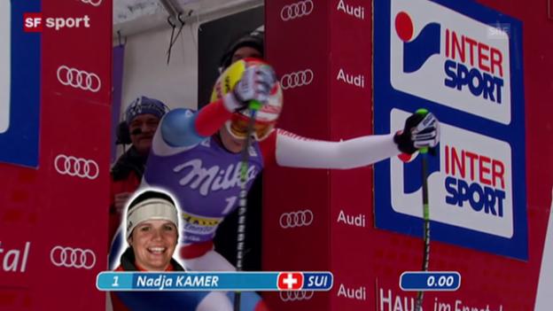 Video «Ski Alpin: Weltcup-Abfahrt 9.1.2010, Haus im Ennstal, 1. Podestplatz für Nadja Jnglin-Kamer» abspielen