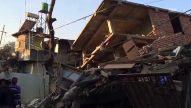 Video «Erdbeben in Indien (unkommentiert)» abspielen