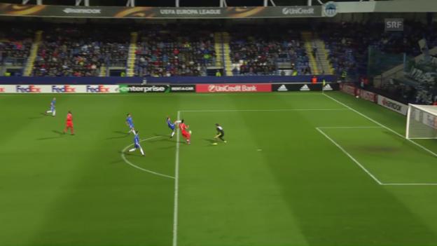 Video «Ein langer Ball stellt Liberec vor Probleme» abspielen