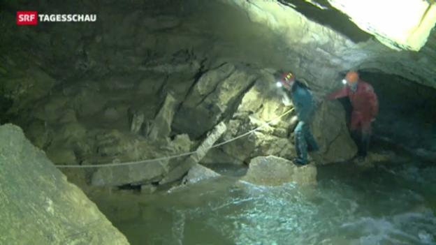 Video «Höhlenforscher gerettet» abspielen