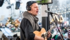 Video «Dabu Fantastic live in der Glasbox: «Los Los»» abspielen