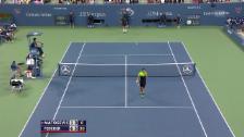 Video «Tennis: US Open, Federer mit Tweener gegen Matosevic» abspielen