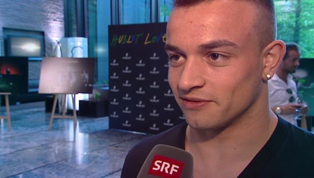 Schweiz Mit Freundin Turteln Koffer Packen Nati Stars Kurz Vor Abflug Glanz Gloria Srf