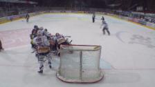 Video «Eishockey: Ambri-Biel, Schlussphase 1. Drittel» abspielen