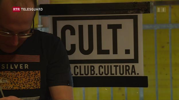 Laschar ir video «Scuol ha puspè ina disco»