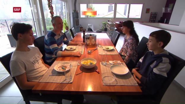 Video «Familie aus Biberstein wagt «Das Experiment»» abspielen