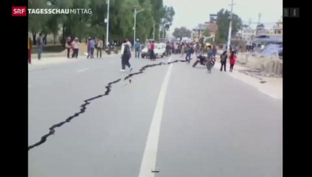Video «Heftiges Nachbeben in Nepal» abspielen