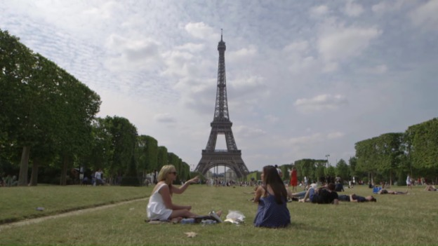 Laschar ir video «Purtret da la citad Paris»
