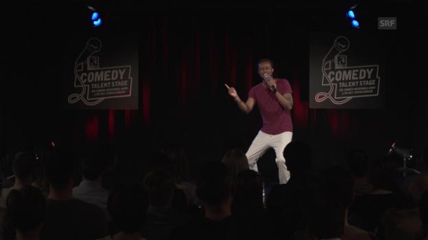 Video «Charles Nguela's Show macht auf afrikanischen Gottesdienst» abspielen