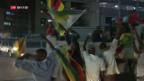 Video «Simbabwes Präsident Robert Mugabe tritt zurück» abspielen