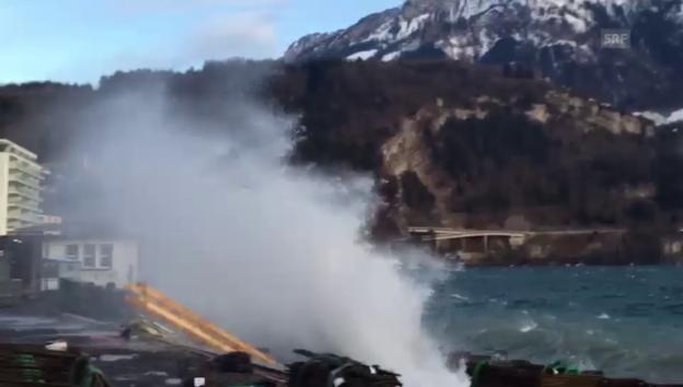 Video «Föhnsturm am Vierwaldstättersee in Brunnen/SZ» abspielen