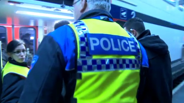 Video «Ausschaffungen, Raumplanung, Streitgespräch, Gewalt im Zug» abspielen