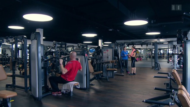 Video «Vertragsfalle im Fitnesscenter: Das bringt Kunden ins Schwitzen» abspielen