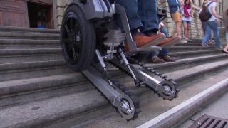 Video «Unfall-Untersucher, Biodiversität, treppensteigender Rollstuhl» abspielen