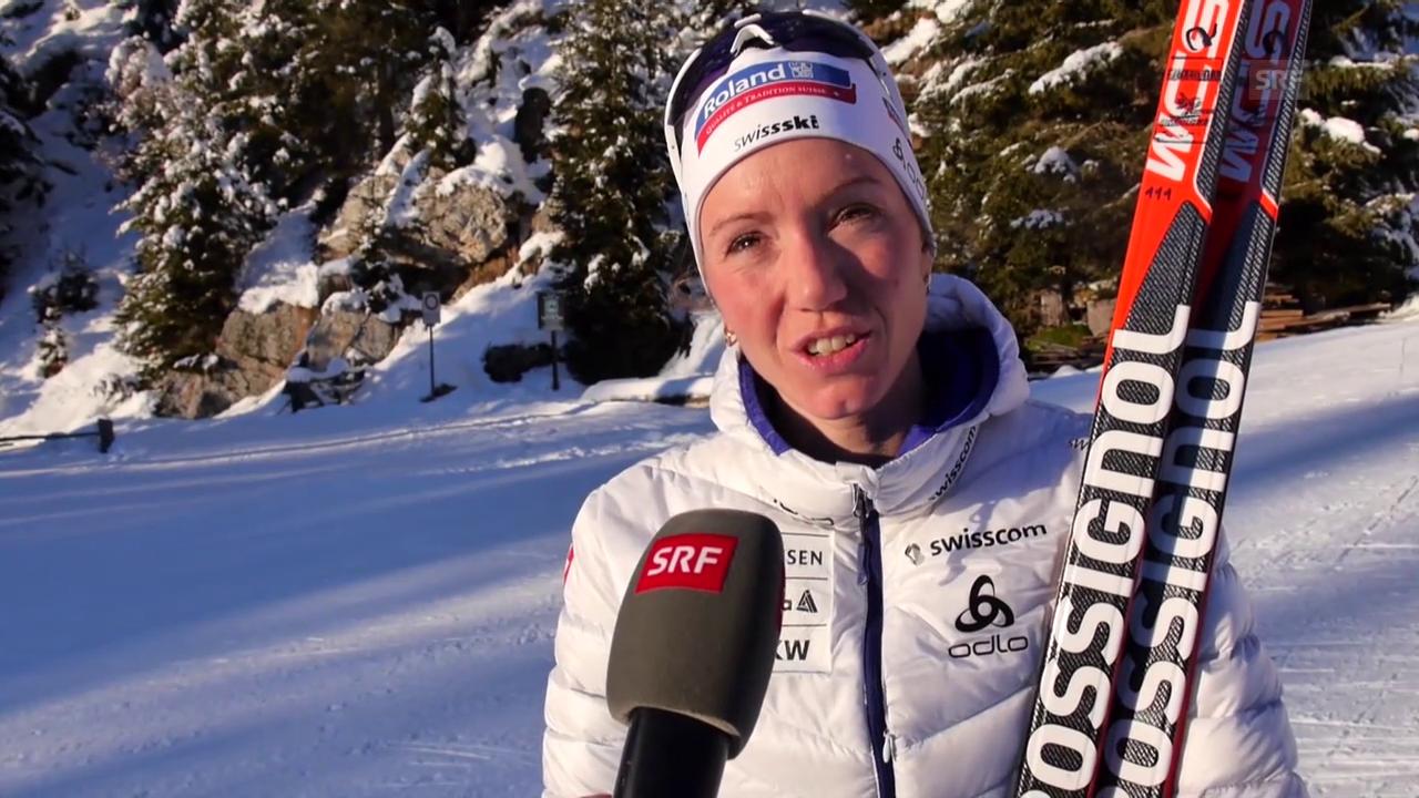 Selina Gasparin analysiert ihre Leistung beim Sprint in Antholz