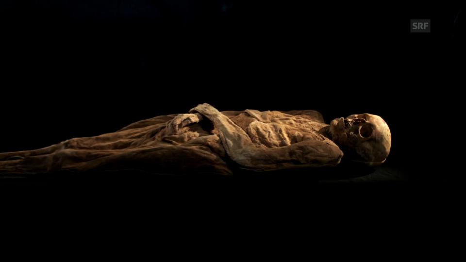 Einstein: «Wie kommt eine Mumie zu ihrem Namen?»