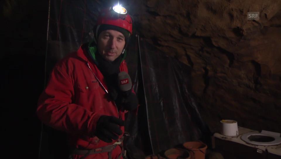 Wenn mann muss: So geht der Toilettengang in der Höhle
