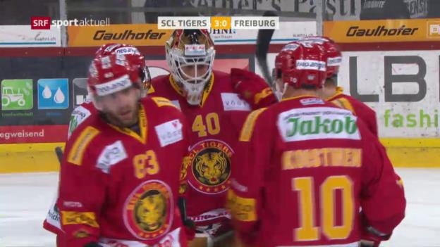 Video «SCL Tigers geben rote Laterne an Freiburg ab» abspielen