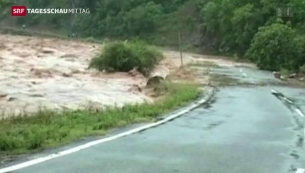 Video «Monsun fordert Hunderte Tote» abspielen