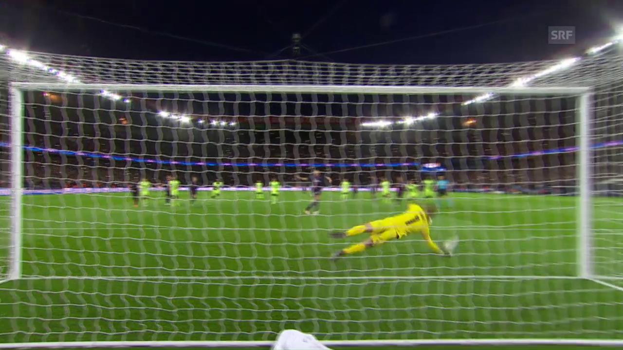 Ibrahimovic verschiesst einen Penalty