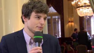 Video «Benjamin Fischer (JSVP): «Angriff auf Wirtschaftsstandort»» abspielen