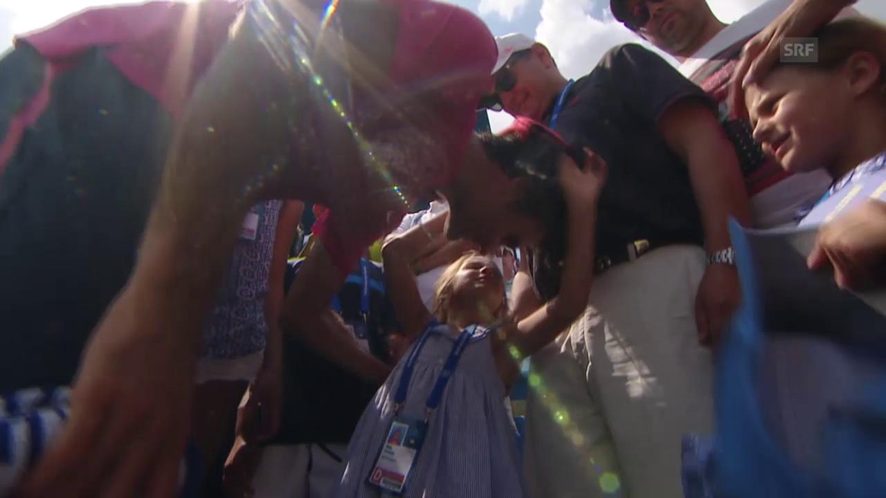 Tennis: Federer mit seinen Töchtern