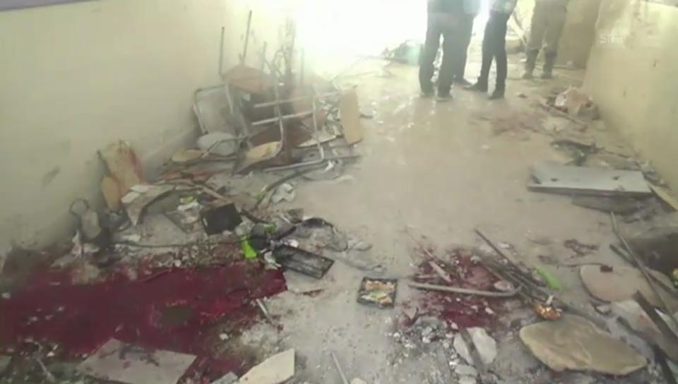 Zerstörung nach dem Luftangriff (unkomm.)