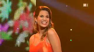 Video «Yasmine-Mélanie lebt und singt «Amore Fantastico»» abspielen