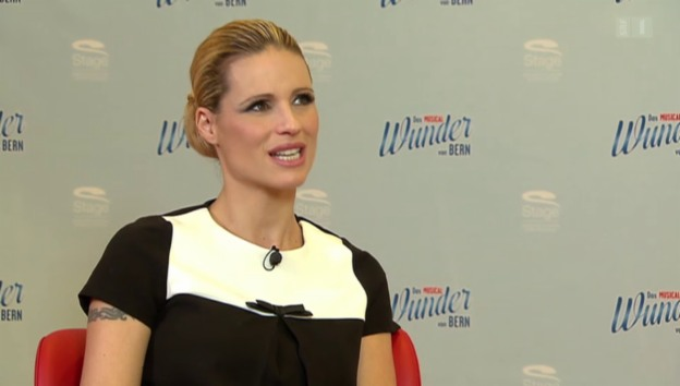 Video «Michelle Hunziker über Auroras Karriere-Ambitionen» abspielen