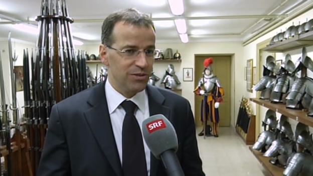 Video «Der Kommandant der Schweizergarde im Interview» abspielen