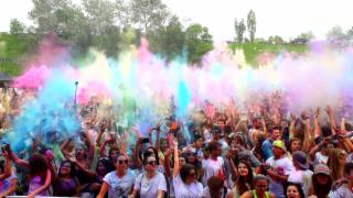 Video ««Einstein» untersucht die Welt der Farben» abspielen