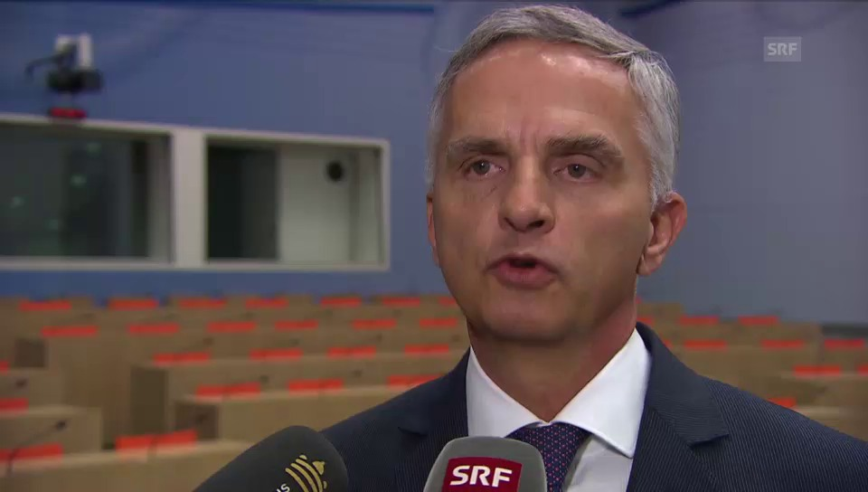 Cusseglier federal Didier Burkhalter tar las prioritads da la Svizra