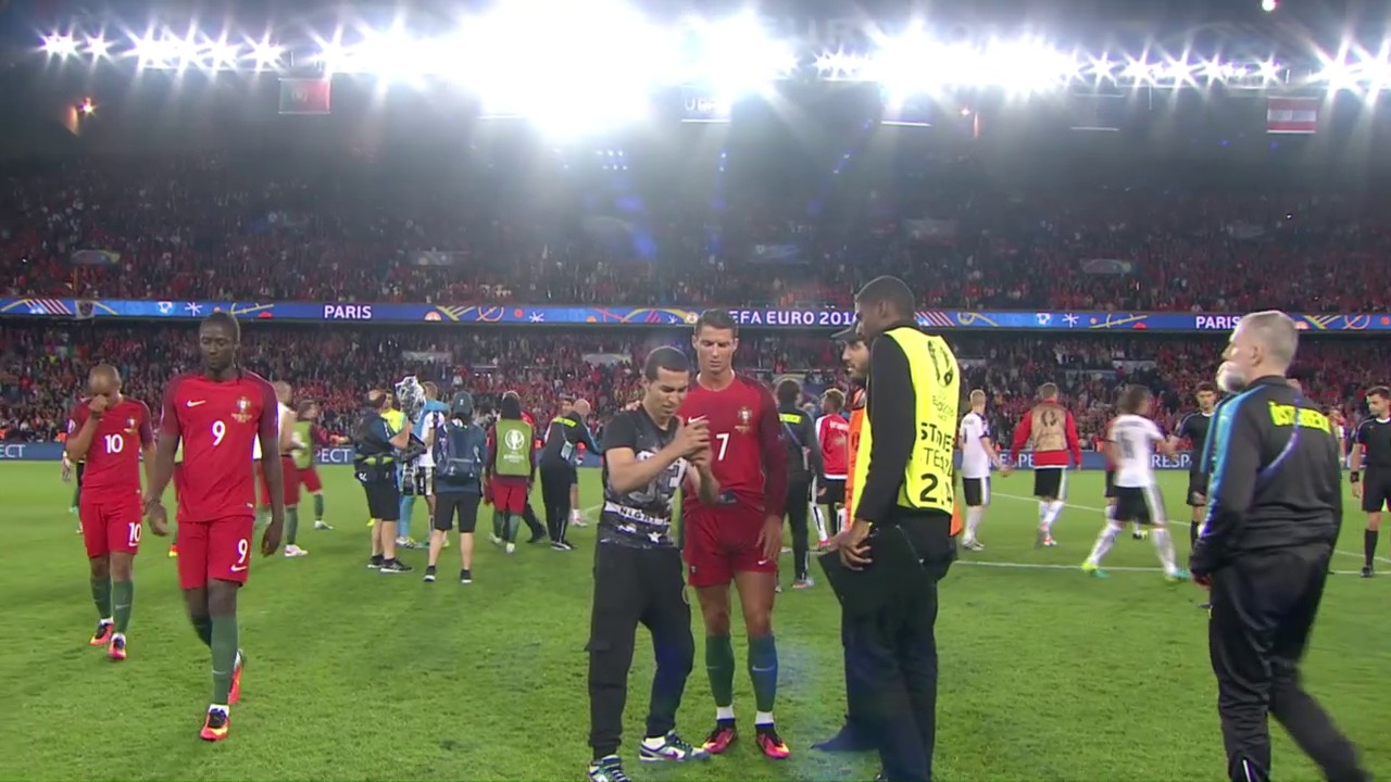 Ronaldo erfüllt Fan-Selfie-Wunsch
