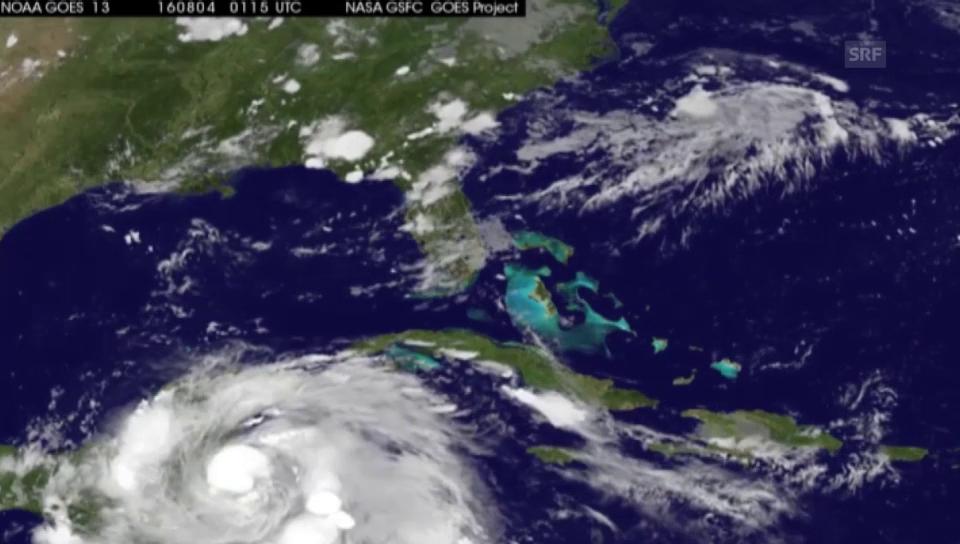 Sturm Earl wird zum Hurrikan