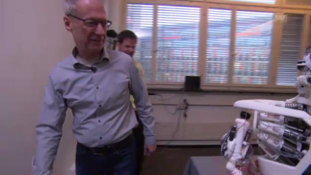 Video «Projektleiter Pfeiffer zu Besuch (SRF, «Einstein»)» abspielen