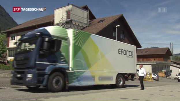 Video «E-Force One baut 18-Tonnen-Elektro-Lastwagen» abspielen