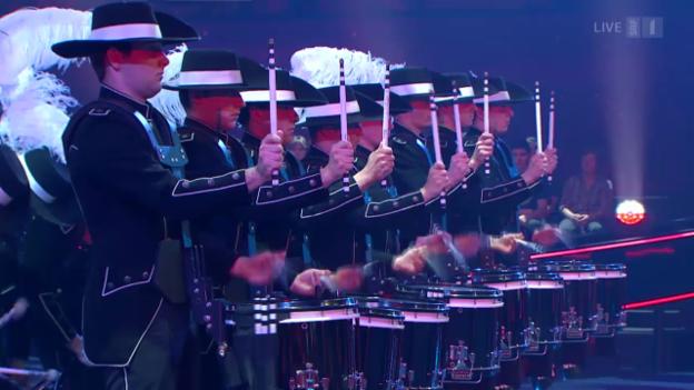 Video «Drum-Show vom Top Secret Drum Corps» abspielen