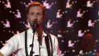 Video «KUNZ, Ritschi und Anna Rossinelli mit «Can't Help Falling In Love»» abspielen