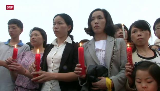 Video «Trauer um chinesische Schiffsopfer» abspielen