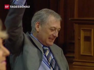 Video «Carlo Schmid tritt zurück» abspielen